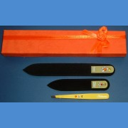 BOHEMIA Swarovski 2SW gift pack glass nail files + yelow motive tweezer Tweezers and sets